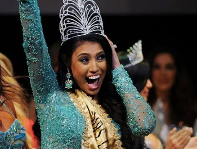 ashley callingbull is the pageant queen who became a controversial fighter for indigenous rights